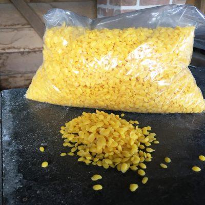 Zuivere bijenwas pellets voor o.a. theelicht 1 kg